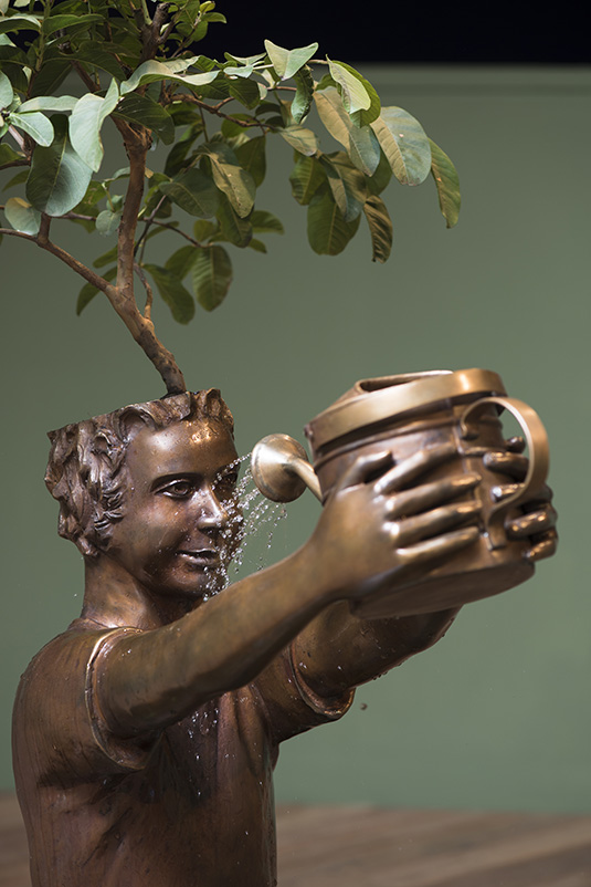 flavio cerqueira, casa triangulo, conteporary artist, escultura, sculpture